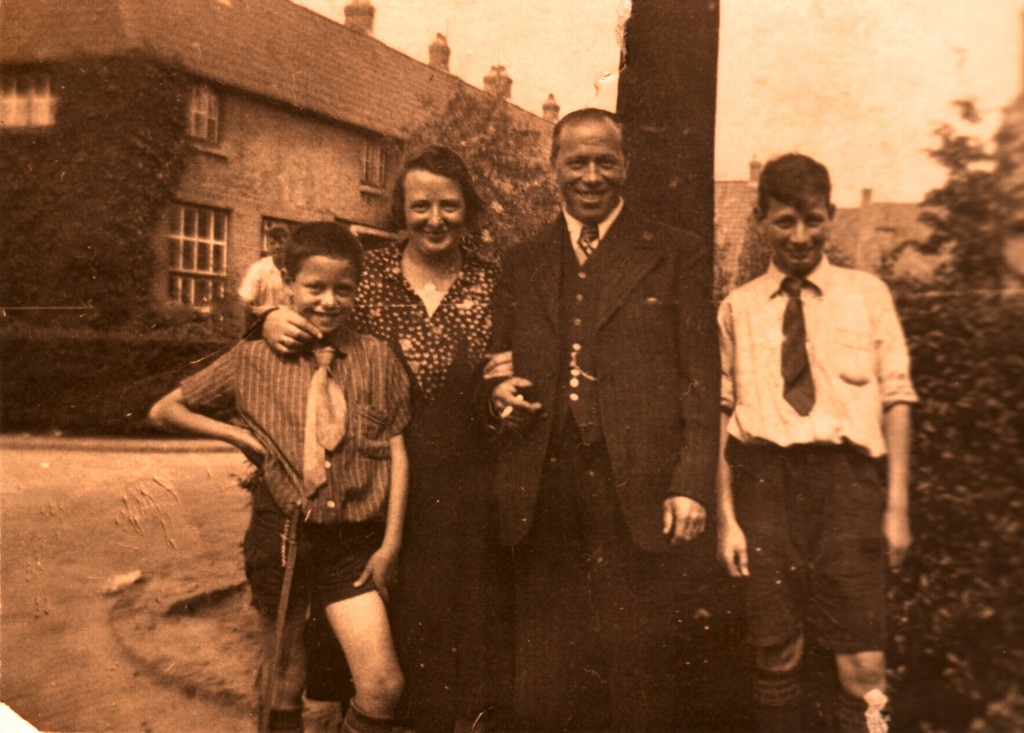 Fam Vogel - 1934