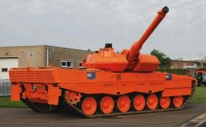 oranje tank